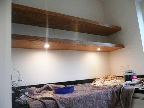 Blinde Wandplank Met Verlichting.Eiken Wandplank Met Dimbare Led Verlichting Wandplanken En