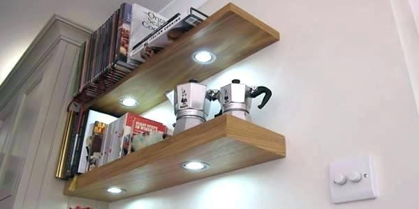 Wandplank Met Verlichting Keuken.Eiken Wandplank Met Dimbare Led Verlichting Wandplanken En